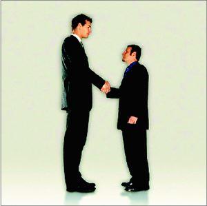 تصویر از کسانی که بدنبال قد بلند هستند حتما این مطلب را از دست ندهند !