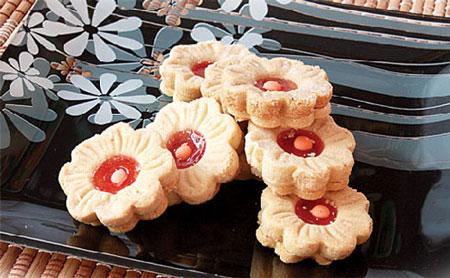 تصویر از اموزش پخت ۲ نوع شیرینی بدون فر