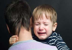 تصویر از کمرنگ بودن نقش پدرها در تربیت کودک