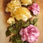 گل رز روبانی