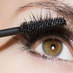 ۴ دلیل خوب برای آرایش نکردن