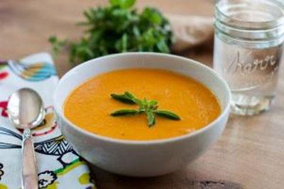 تصویر از تکنیکهایی برای خوشمزهتر شدن سوپ و خورش