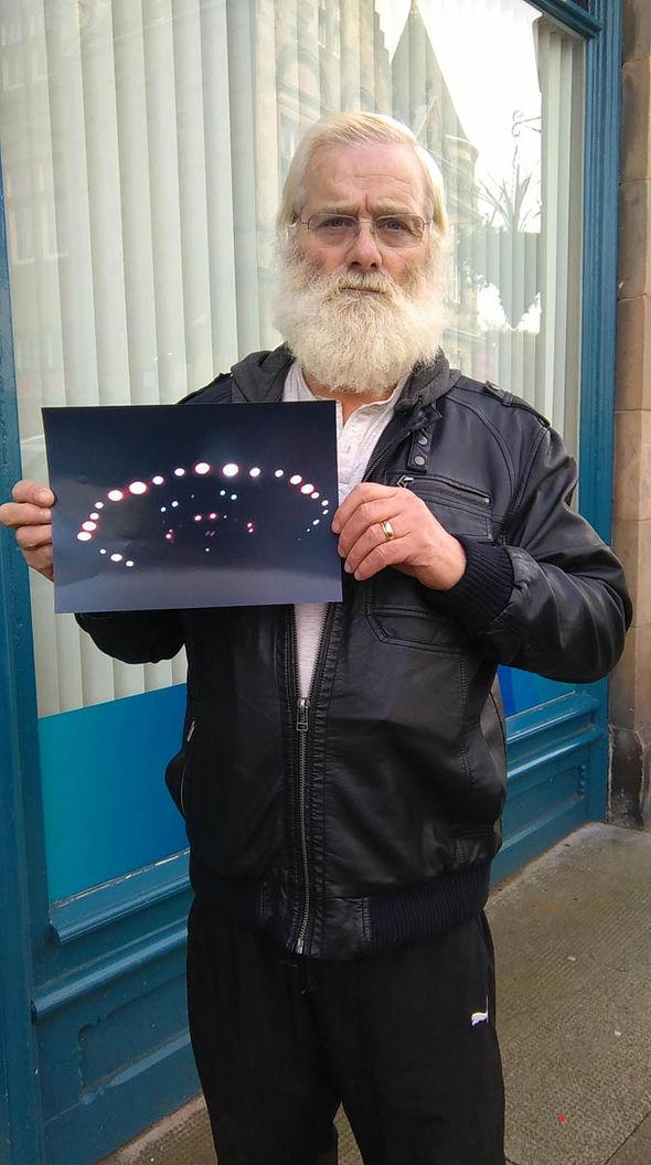 Photo of این پیرمرد از سفینه آدم فضاییها عکس برداری کرد+تصاویر