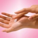 چقدر کرم به پوستمان بزنیم؟