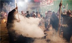 تصویر از توزیع هزاران دیگ آش گندم بین مردم یزد/نذری سنتی یزدیها در اربعین