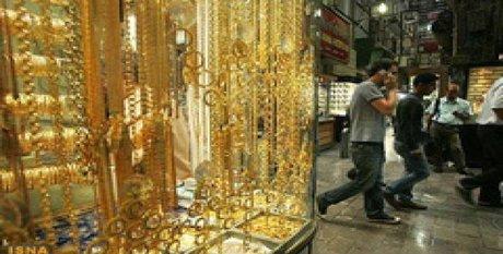 تصویر از افت خرید و فروش طلا و دلار در بازار