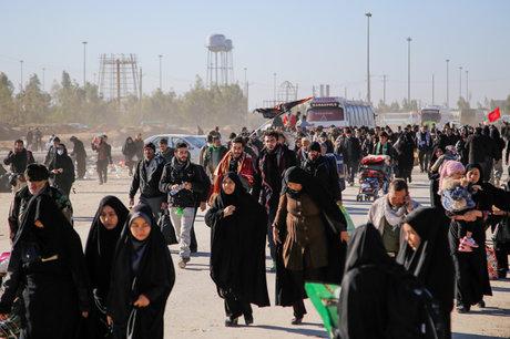 تصویر از راهاندازی ۱۷ درمانگاه سرپایی در مرز ایران و عراق/استقرار ۲۵۱ آمبولانس در مراسم اربعین