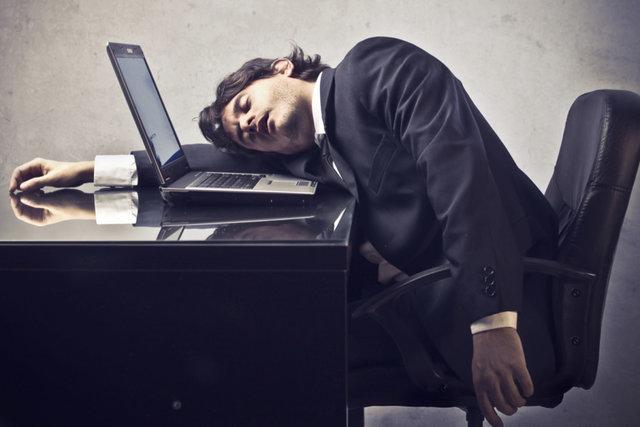 تصویر از چرا همیشه خستهای؟
