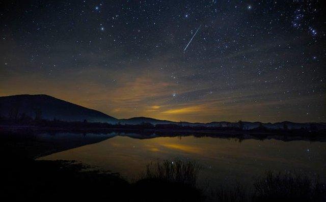 """تصویر از این شبها بارش شهابی """"ثوری"""" را از دست ندهید"""
