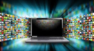تصویر از ۴ ساعت تماشای تلویزیون و ۸ ساعت استفاده از موبایل