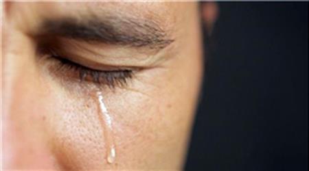"""تصویر از عبارتی بی رحمانه؛ """"مرد که گریه نمی کند!"""""""