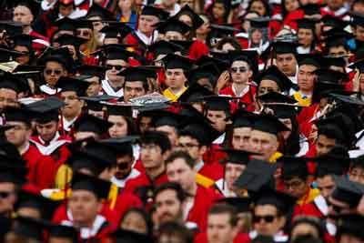 تصویر از قابلیتهای جانبی مورد نیاز فارغالتحصیلان برای پیدا کردن شغل