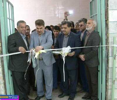تصویر از سالن ورزشی بانوان ده آباد میبد افتتاح شد