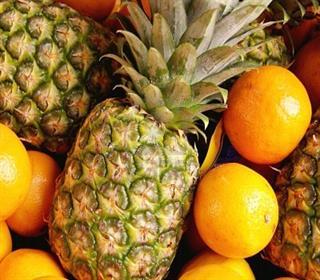 تصویر از عفونت ادراری را با مصرف ۴ میوه از خود دور کنید!
