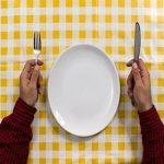 پرهیز از وعده های غذایی، با بدن چکار می کند؟
