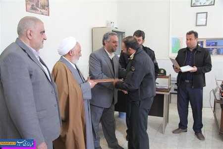 Photo of تجلیل فرماندارمیبد از رئیس پلیس مواد مخدر شهرستان
