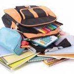 کمر خم دانشآموزان زیر حجم بالای کتب درسی/ زمان کم کردن کتابهای درسی نرسیده است؟