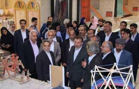 تصویر از وزیر ارتباطات و فناروی اطلاعات از آثار تاریخی شهرستان میبد دراستان یزد بازدید نمود