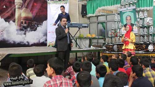 تصویر از برگزاری جشن سلامت در زینبیه حسن آباد میبدبه مناسبت هفته سلامت