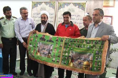 Photo of روحالله بصیری نیا حامل پرچم متبرک کربلا و شهدای دفاع مقدس به شهرستان میبد رسید