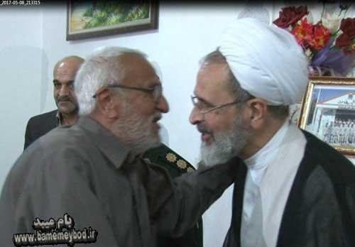 تصویر از دیدار امام جمعه میبد با خانواده های شهداء + تصاویر