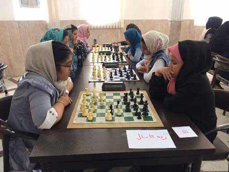 تصویر از موفقیت شطرنج بازان میبدی در مسابقات انتخابی شطرنج استان یزد