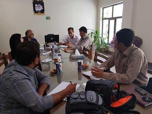 تصویر از برگزاری نشست خبری جهاد کشاورزی شهرستان میبد / تولید شیر از طریق دامداری های سنتی