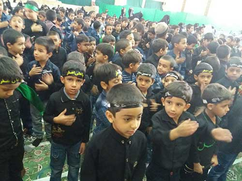تصویر از برگزاری مراسم عزاداری نونهالان در مصلی آیت الله اعرافی شهرستان میبد