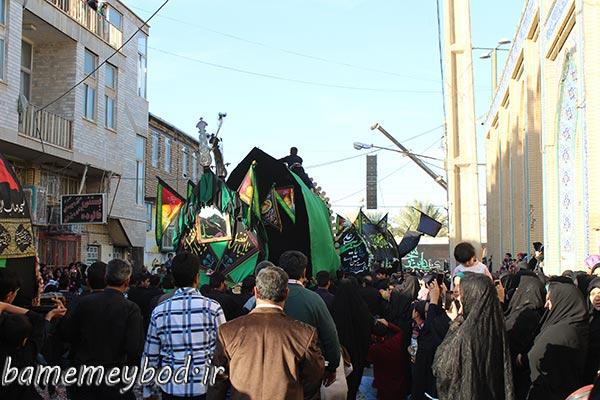 تصویر از تصاویری از مراسم نخل برداری در محله مهرجرد شهرستان میبد
