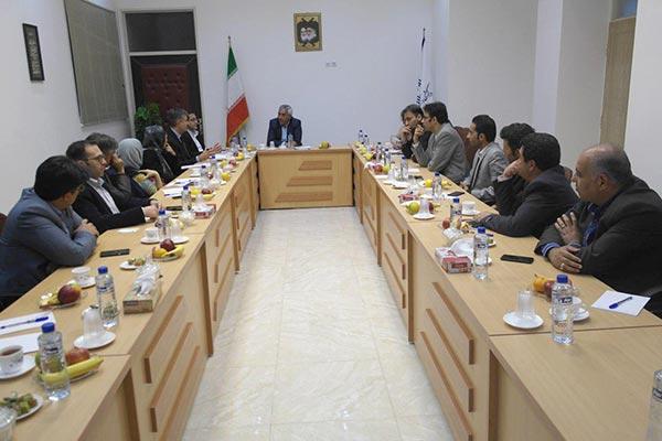 تصویر از نشست مشترک هیأت اعزامی دانشگاه پسکارا با مسؤولین دانشگاه میبد