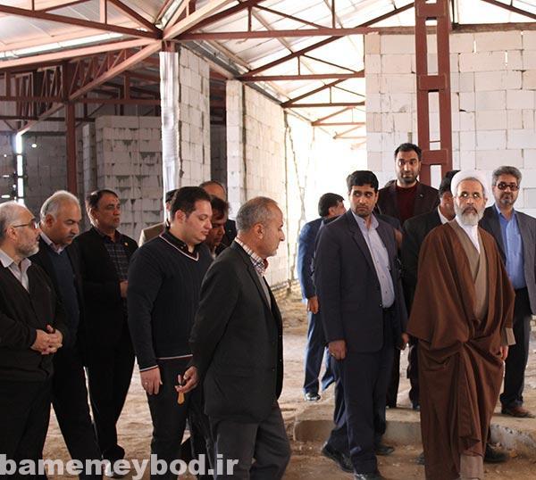 تصویر از بازدید آیت الله اعرافی امام جمعه میبد و مسئولین از مرکز خیریه محبت میبد