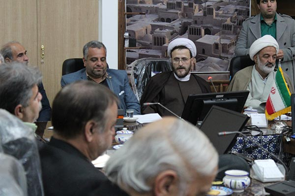 تصویر از انقلاب اسلامی ایران با حضور مردم و با اهداف والا و الهی شکل گرفت