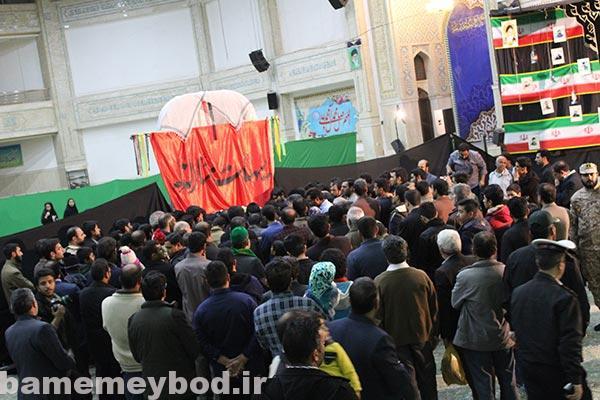 تصویر از استقبال مردم شهید پرور شهرستان میبد از شهید گمنام هیجده ساله
