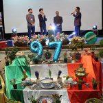 تصاویری از برگزاری جشن تجلیل از برگزیدگان کنکور ۹۶ شهرستان میبد/بخش دوم