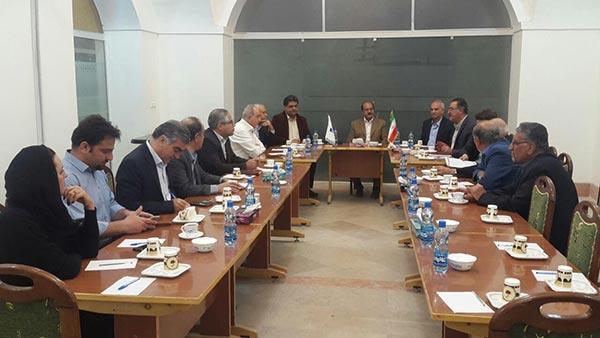 تصویر از انتخاب یک پزشک میبدی به عنوان دبیر انجمن صنایع غذایی ، دارویی و بهداشتی استان یزد