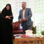 افتتاح نمایشگاه و فروشگاه صنایع دستی در نگارخانه اشراق / تقدیر از دو نفر از بانوان فعال فرهنگی در میبد