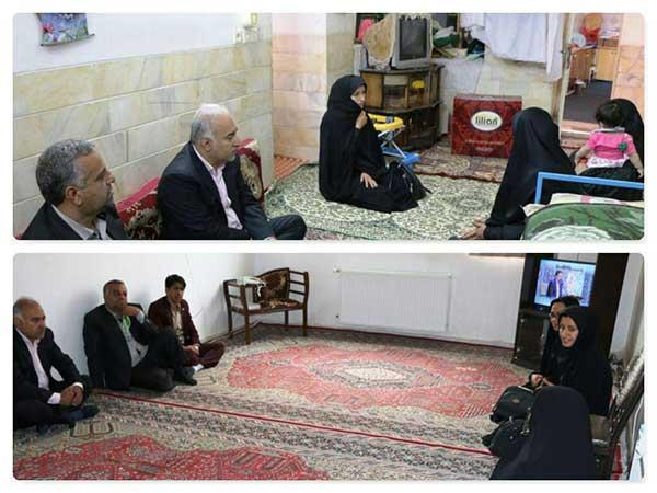 تصویر از بازدید فرماندار میبد از ۲ خانوار در قالب طرح ضیافت مهر رمضان