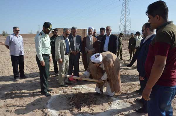 Photo of کلنگ احداث بزرگترین پردیس سینمایی استان یزد در میبد بر زمین خورد