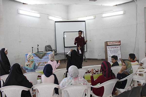 تصویر از برگزاری دوره آموزشی فن بیان در میبد / استان یزد مهد مجریان توانمند کشوری است