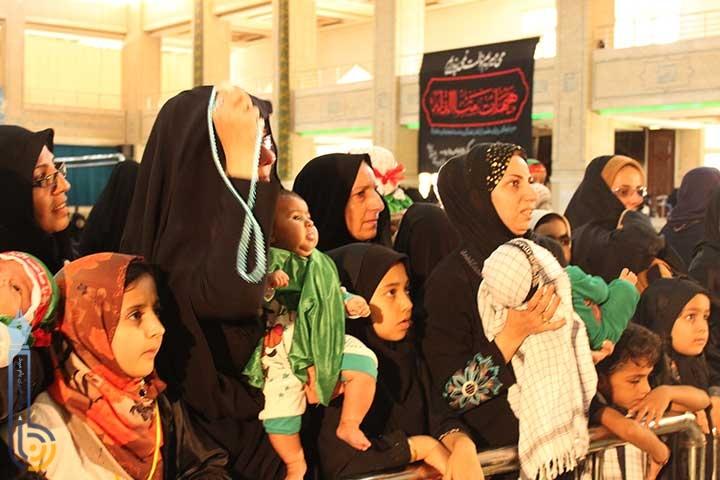 تصویر از تصاویری از برگزاری همایش جهانی شیر خوارگان حسینی در میبد / ویدئو