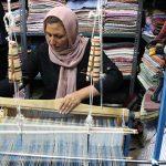بازدیدمدیرکل دفتر امور بانوان و خانواده استانداری یزد از نمایشگاه ها و کارگاه های صنایع دستی بانوان در میبد
