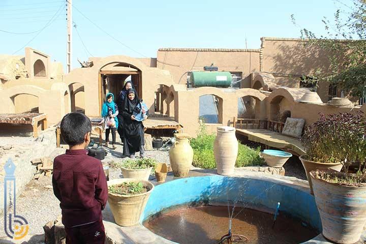 تصویر از اردوی تفریحی آموزشی اعضای شرکت تعاونی بانوان میبد به روستای مرور