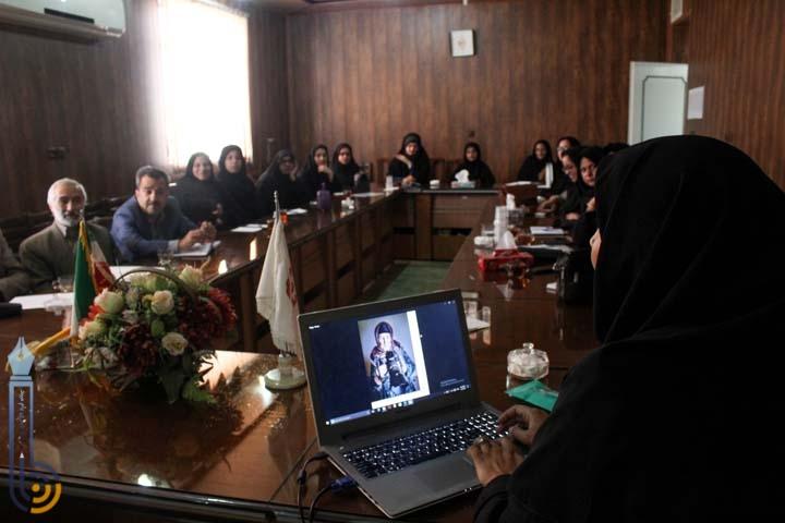 برگزاری دوره آموزش عکاسی جهت پرسنل مراکز غیردولتی اداره بهزیستی میبد