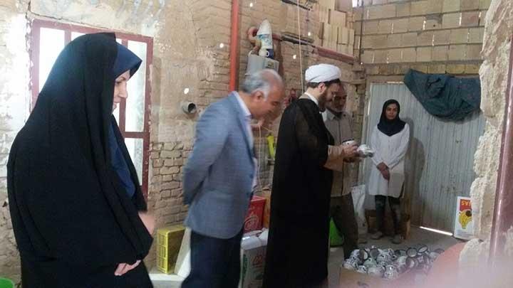 Photo of بازدید امام جمعه موقت میبد از مراکز همسو با بهزیستی