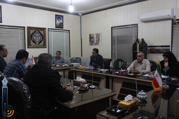 Photo of شورای شهر میبد علی رضا نقوی را به عنوان شهردار معرفی نمود