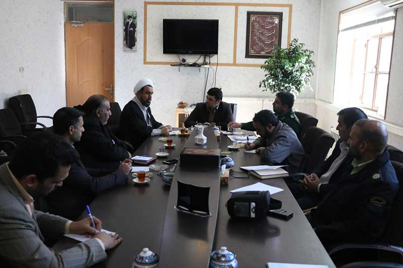 Photo of نشست هماهنگی مراسم بزرگداشت 9 دی در میبد برگزار شد
