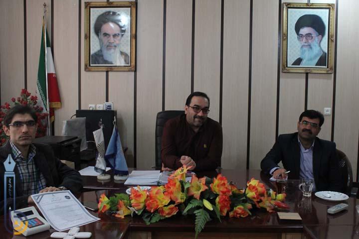 Photo of نخستین عضو هیئت علمی دانشگاه پیام نور میبد دانشیار شد