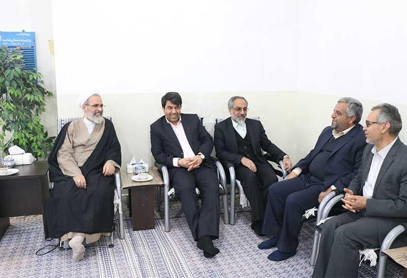 تصویر از اولویت استاندار یزد آشنایی با ظرفیت های هر شهرستان است