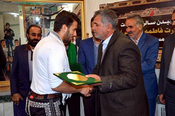 زنگ ورزش باستانی در زورخانه شهدای فیروزآباد به صدا در آمد+ تصاویر