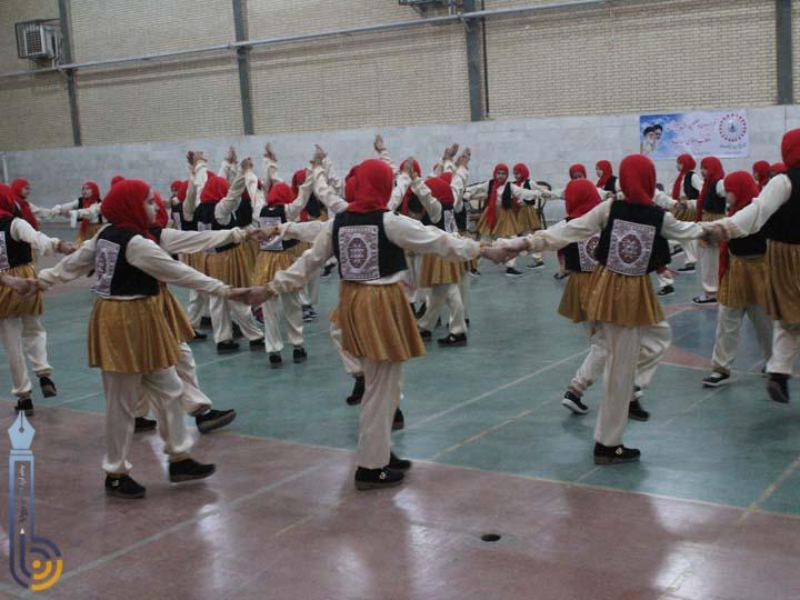 Photo of جشنواره ورزشی پیرامید و اولین همایش پیلاتس در میبد برگزارشد